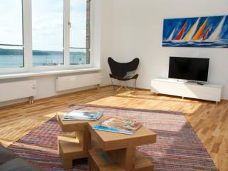 Vacation Apartment in Flensburg - 700 sqft, luxurious, bright, upgraded (# 5299) - Schleswig-Holstein vacation rentals