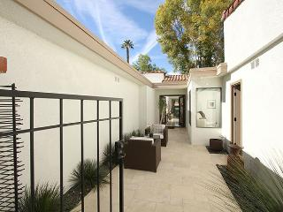 ET44 - Rancho Las Palmas Contemporary - 2BD2B - Rancho Mirage vacation rentals