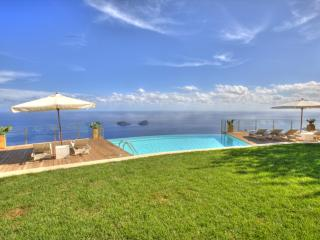 Villa Miragalli,Infinity pool on the Amalfi coast - Campania vacation rentals