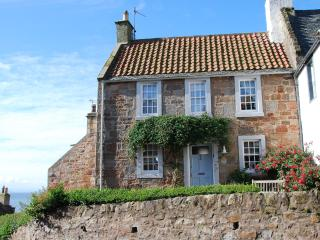 21 Shoregate - stylish seaside cottage in Crail - Crail vacation rentals