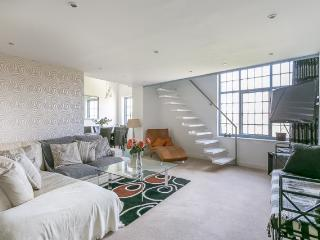 Luxury Quayside Penthouse With View Of Quayside - Newcastle upon Tyne vacation rentals