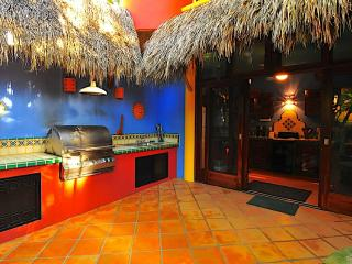 Casa Duende - Short easy walk to town square/beach - Sayulita vacation rentals