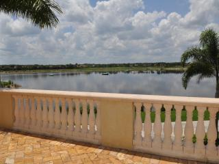 Beautiful Heritage Bay condo! - Florida South Gulf Coast vacation rentals