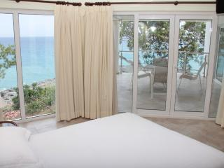 Luxury beachfront condo with amazing sea views! - Sosua vacation rentals
