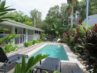 Mahaloa Beach House at Palm Cove/Clifton Beach - Cairns District vacation rentals