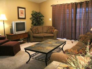 Great family condo with Jacuzzi at Holiday Hills - Missouri vacation rentals