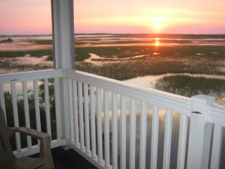 Luxury 3BR/3BA Villa - Spectacular Sunset View in - Charleston Area vacation rentals