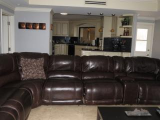 Spacious Pool Home in Fort Lauderdale/Plantation - Plantation vacation rentals