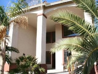 Beautiful 4000 ft2, Upscale Home with Heated Pool - Surprise vacation rentals