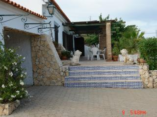 Villa with 5 bedrooms 7 km from the beach - Portimão vacation rentals