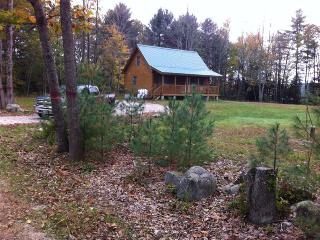 Two bedroom log cabin w/ loft on 1acre - Western Maine vacation rentals