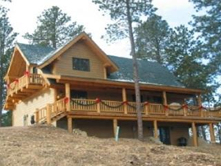 Wannabee Moose - Deadwood vacation rentals