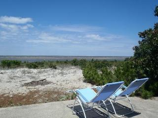 Bay Front Cottage with Spectacular Bay Views - New Jersey vacation rentals