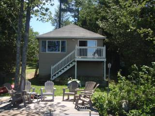 ON the water Cottage - Raymond vacation rentals