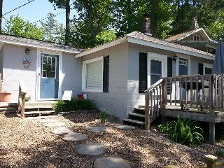 Vacation Rental Cottage Muskegon, MI Lake Access! - Twin Lake vacation rentals