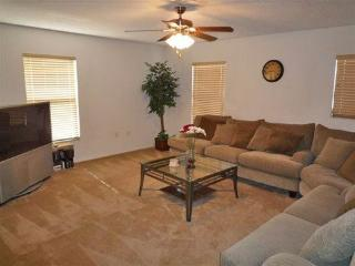 Spacious 5 Bedroom 3.5 Bathroom Home in Liberty Village - Orlando vacation rentals