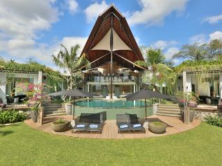 Canggu Tranquil Ricefield Views - Kuta vacation rentals