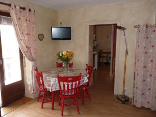 3*** Apartment in the center of the resort - Brides-les-Bains vacation rentals