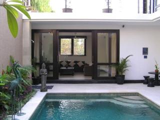 Joy Villa 3BR, near Seminyak, stunning rice views - Umalas vacation rentals