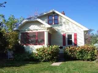 Quaint Minneapolis Bungalow - Minnesota vacation rentals