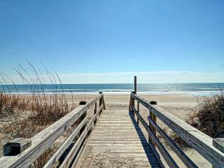 4 BR Waterfront Home w. Dock - August Discounts! - North Topsail Beach vacation rentals
