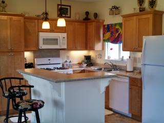 1 bdr, 1 bth 1296 sq ft house with whirlpool tub - Mountain View vacation rentals