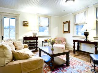 Bull Barn Cottage - An intimate pet-friendly cottage located in Warm Springs. Across from the Old Dairy Community Center - Hot Springs vacation rentals