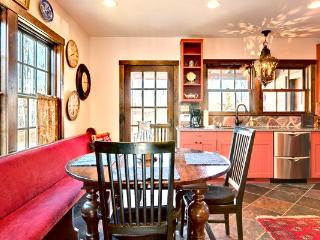 Trailview Cottage  - Gorgeous pet friendly antique log cabin situated in the Delafield Rise neighborhood in Hot Springs - Shenandoah Valley vacation rentals