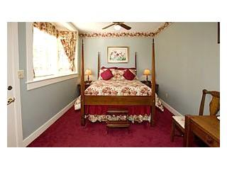 Deluxe room within The Mansion at Greystone Inn on Lake Toxaway. Each beautiful guest room offers its own individual character - Image 1 - Lake Toxaway - rentals