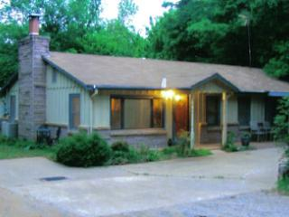 Rock Cliff Cabin - Oklahoma vacation rentals
