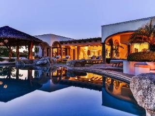 Nestled on a golf course, sea view Casa Riviera One boasts a pool & private beach - Cabo San Lucas vacation rentals