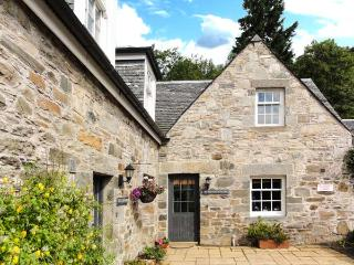 THE SALMON HOUSE, woodburner, garden, WiFi, Ref 914265 - Perth and Kinross vacation rentals