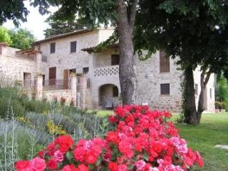 IL BORGHETTO DI ASSISI 12 - Umbria vacation rentals
