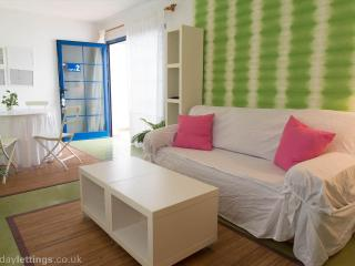 APARTMENT CASTLE 2 NEAR THE BEACH AND GOLF COURSE . - Fustes vacation rentals