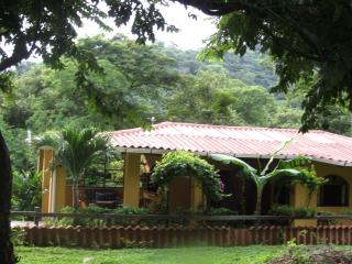 Mar Y Sol Beach House,  Tropical Haven Nicaragua - San Juan del Sur vacation rentals