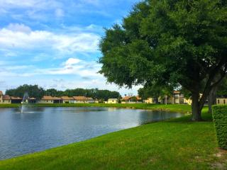 Peaceful Lakeside Condo in 55+ Community - Holiday vacation rentals