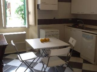 Beautiful and cozy nearby Villa Borghese - Rome vacation rentals