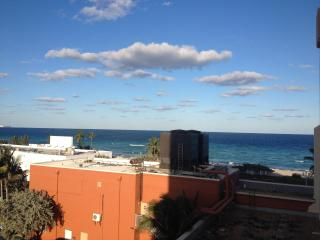 Studio with Balcony on the Beach! - Hollywood vacation rentals