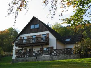 Vacation Bungalow in Medebach - 753 sqft, comfortable, friendly, quiet (# 5218) - North Rhine-Westphalia vacation rentals