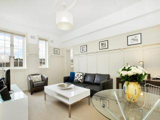 Superbly finished executive rental - Sydney vacation rentals