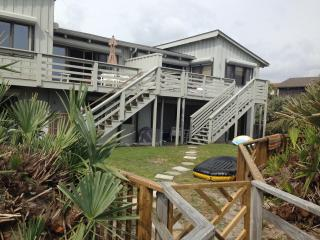 Ocean View Family Friendly 2/2 Non Driving - New Smyrna Beach vacation rentals