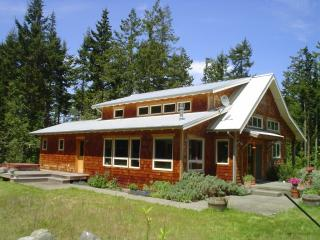 Folklore Llama Lodge - 5 acre pastoral paradise - Port Townsend vacation rentals