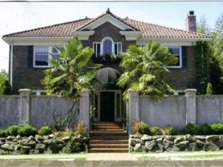 BEST LOCATION ON  N.CAPITOL HILL, FURNISHED, WIFI - Seattle vacation rentals