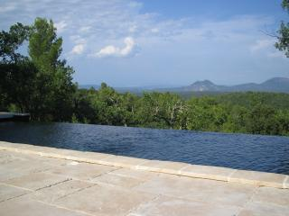 Luxury villa with a magnificient view - Bras vacation rentals