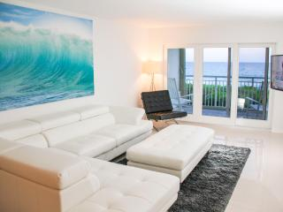 30 feet from the sand on Hutchinson Island - Jensen Beach vacation rentals