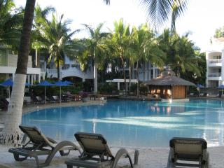 Allure Palm Cove Beach Club - Cairns District vacation rentals