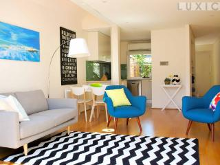 Strafford St - A LUXICO HOLIDAY HOME - Richmond vacation rentals