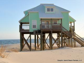 Strand Castle- Gulf-front with Pool, Game Room - Dauphin Island vacation rentals