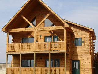 Northwoods Lodge for up to 18 and Indoor Waterpark - Warrens vacation rentals