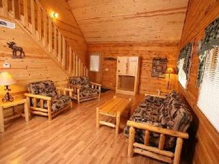 Northwoods Lodge and Indoor Waterpark for up to 24 - Warrens vacation rentals
